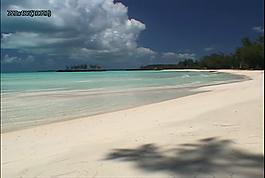 天際銀色沙灘