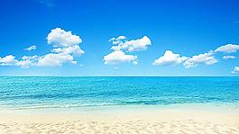 海岸風景與藍天白云