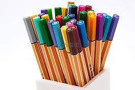 彩色的铅笔,毡尖笔,颜色