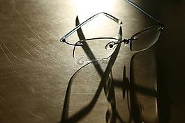 眼镜,眼镜盒,眼睛