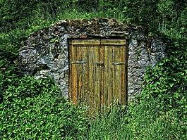 凱勒,儲存窖,木門