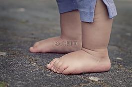 腳,孩子的腳下,嬰兒