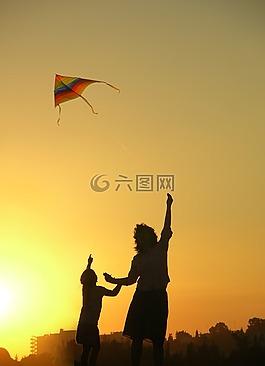 風箏,母親,家庭
