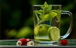 水,喝,排毒