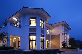 夜色下的豪華別墅效果圖