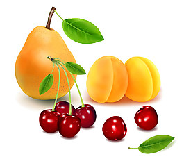 黃桃紅櫻桃圖片