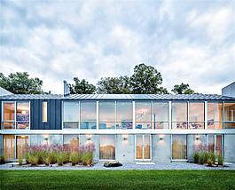 室外裝修二層玻璃窗設計效果圖