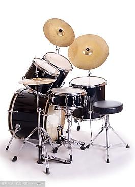 定音鼓喇叭或號角嘹亮的吹奏聲音效素材