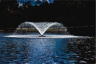 喷泉 水 水花