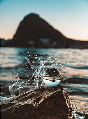 水 水珠 玻璃上的水珠